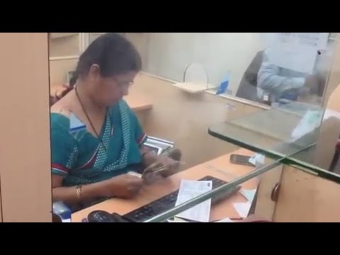 The inspiring truth behind the viral video of the 'fastest' Pune bank cashier