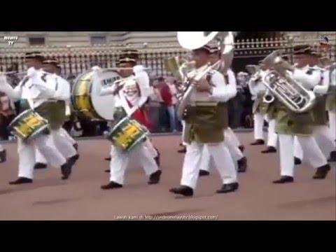 Bangga! Askar Melayu Di Buckingham Palace London England - Segak Berbusana Bergaya Berbusana
