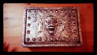 64 Iron Maiden - Eddie's Archive (box 2002) - unboxing