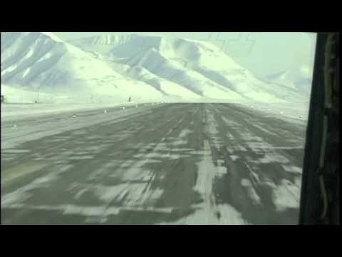Svalbard Longyear Takeoff Cockpit B737