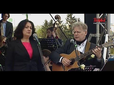 Wielbienie z Maryją Królową muzyką, śpiewem, słowem i tańcem. Transmisja z Jasnej Góry