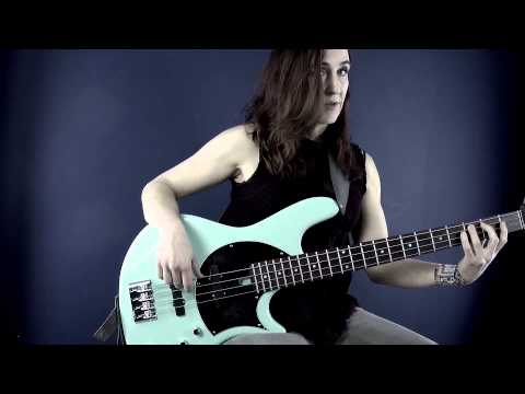 Bass Guitar Lesson - #1 Cycle of Fifths - Ariane Cap