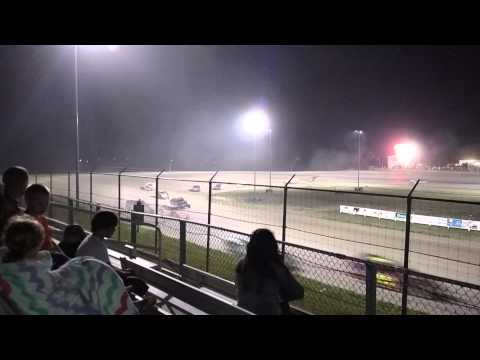 IMCA Modifieds Southwest Speedway Part 4