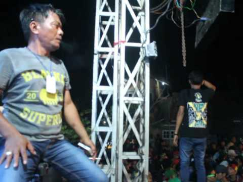 Kula Gah Rasta - Tanggul Kali blanakan (reggae version ) @live gebang malang