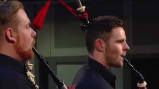 Red Hot Chilli Pipers cover Avicii