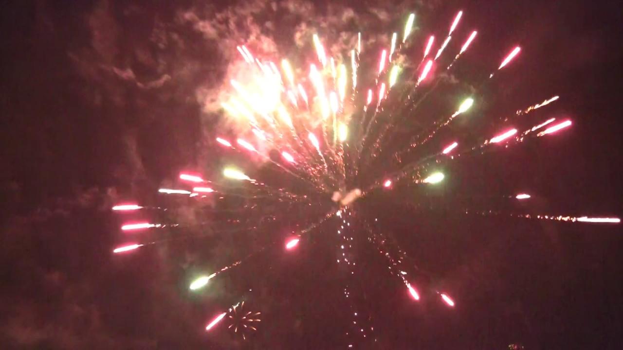 Neujahr Berlin 2017 Feuerwerk Panorama 2/2 - YouTube