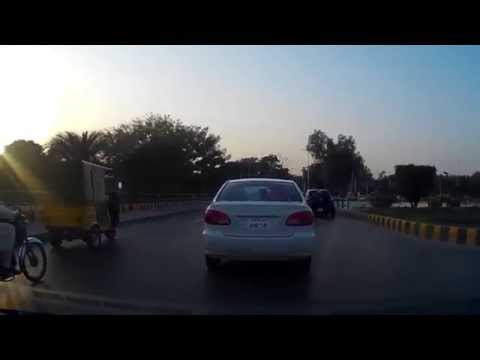 Driving In Pakistan 5 -  Mall Road, Lahore (9th October 2014)