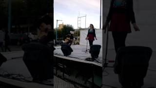Gambar cover Juntos a la par (cover Daira Aita/Marcos Galvani)