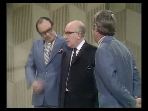 Arthur Lowe wants to meet the star of the M&W show 1971