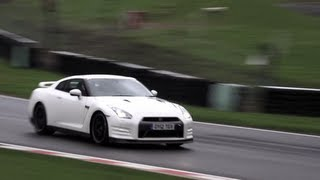 Nissan GT-R Track Pack 2012 Videos
