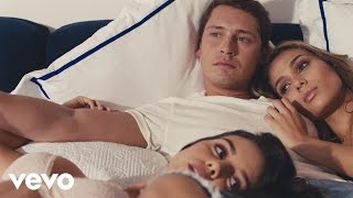 Cris Cab - Turn Out the Light ft. J Balvin (Official Video)