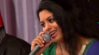 Nigahen Milane Ko Jee Chahta Hai By Radhika Atre at Farmaish Club Vadodara