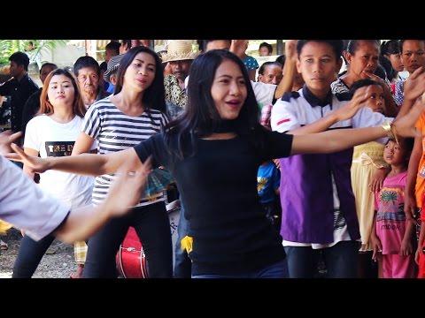 Kecimol Sonata Nyanyi Lagu DI TATO di Iringi Dancer-Dancer Keren