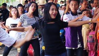 Kecimol Sonata Nyanyi Lagu DI TATO di Iringi Dancer Dancer Keren