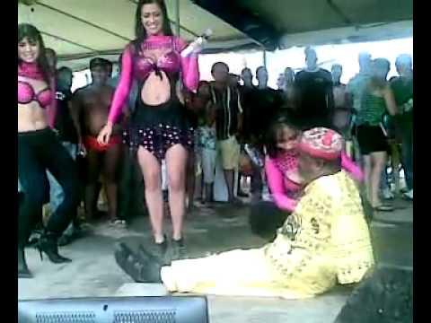 Traditii din Brazilia)).flv