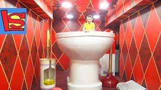 Дом Великана мы стали маленькими Лев оказался в туалете и Попал в Стиральную машину
