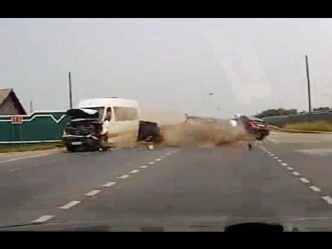 russian car crash compilation july 2016 183 youtube. Black Bedroom Furniture Sets. Home Design Ideas