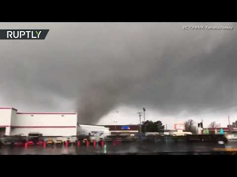 Шесть человек пострадали в результате торнадо в США