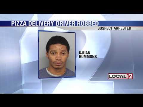 Man receives $100,000 bond after reportedly robbing pizza delivery person