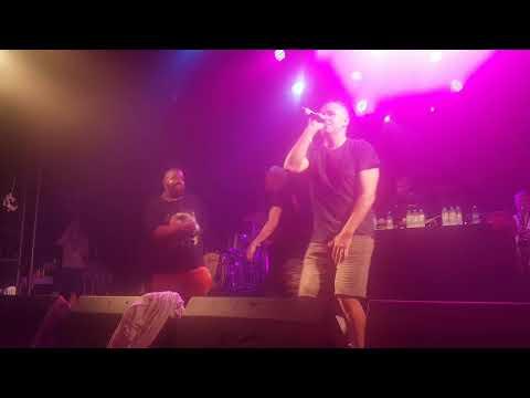 Hilltop Hoods feat Adrian Eagle - Clark Griswalled Live