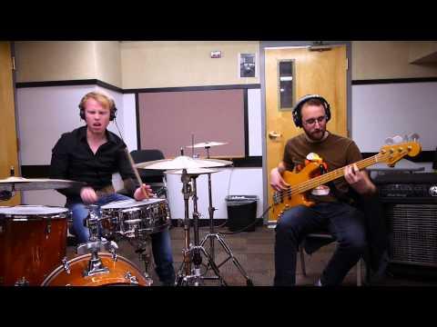 SundayGroove #14 (feat. Phil Levine)