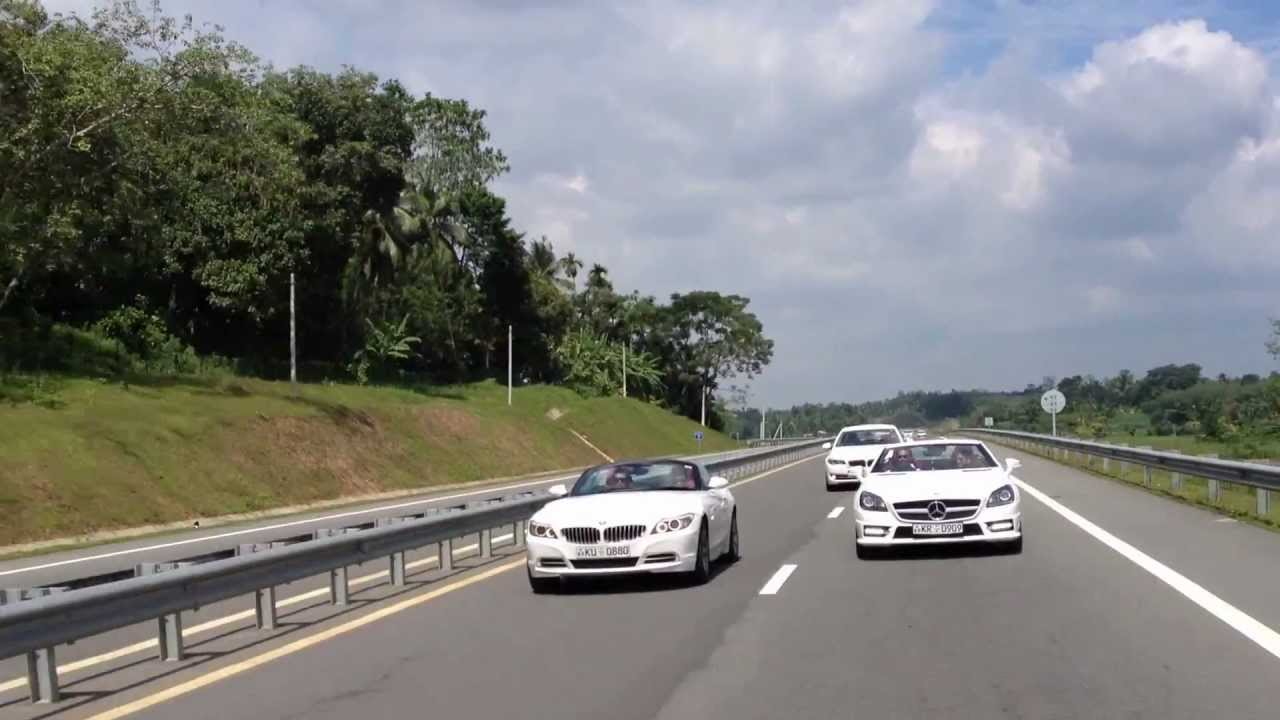 Mercedes Benz Slk E250 Bmw Z4 520d On Southern Expressway Youtube