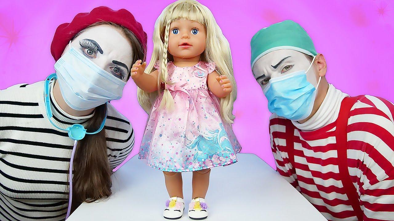 Baby Born oyuncak bebek bakma videosu. Oyuncak doktor setiyle oyun zamanı!