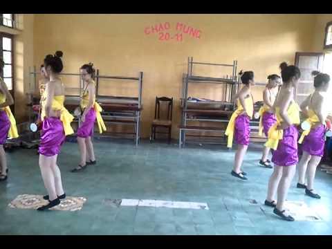 múa Trống Cơm - lớp mầm non K2c- Trường CĐSP HN