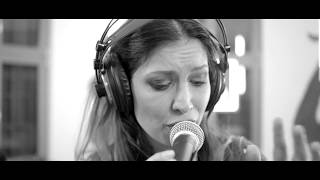 Cristina Balan - Issues (Julia Michaels cover || ULive Session)