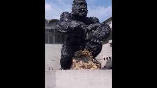 King Kong – the largest animatronic ever...