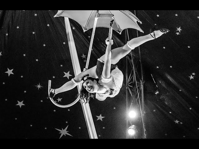 Neues Video am Luft-Regenschirm