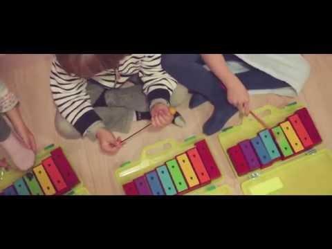 L'éveil musical chez les tout petits | Ecole de musique ARTISTIC