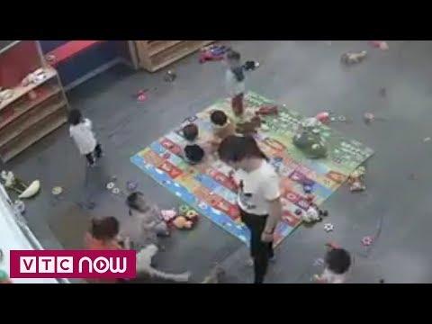 Đình chỉ giáo viên đánh trẻ ở Nghệ An | VTC1
