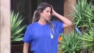A Fazenda 8  Thiago tira onda com Ana Paula:  Você é muito insensível #AFazenda