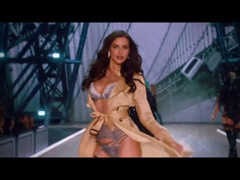 6   Irina Shayk on the Victorias Secret Fashion Show Runway 2016