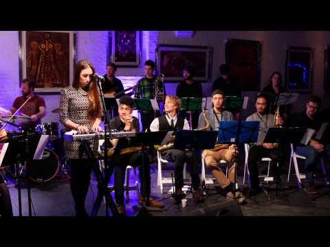 Blumen - Sara McDonald And The NYCHiLL