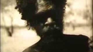 Old Aboriginal film - How to make a Wira
