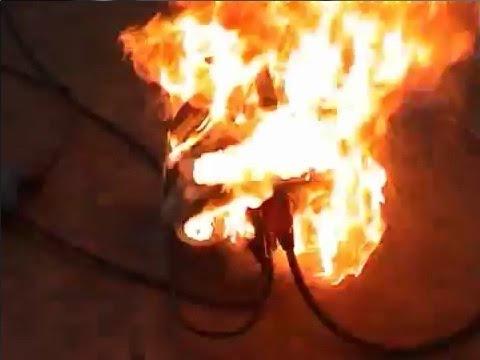Kabeltrommel fängt Feuer