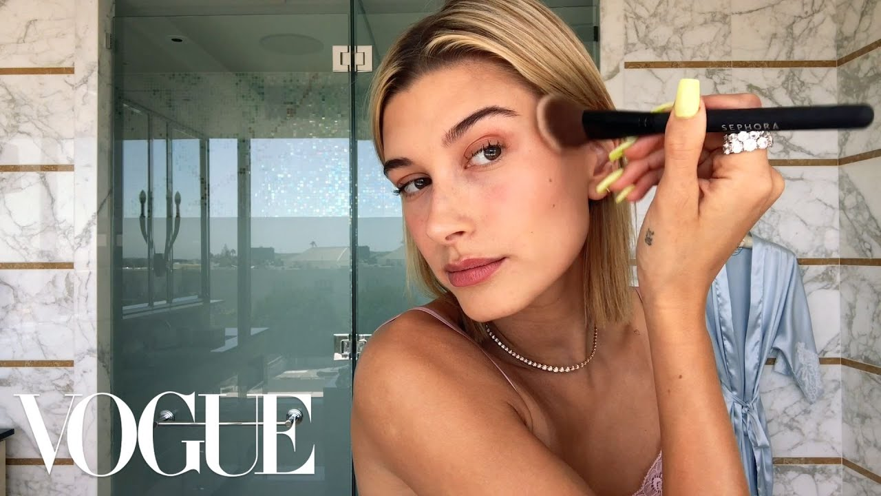 d7e225a8318 Hailey Baldwin's 5-Step Guide to Faking a California Glow | Beauty Secrets  | Vogue