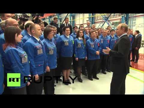 Russia: Putin visits arms manufacturer in Nizhny Novgorod