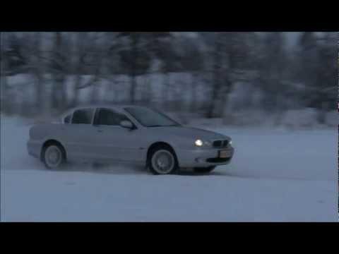 Jaguar X-type Ice Racing