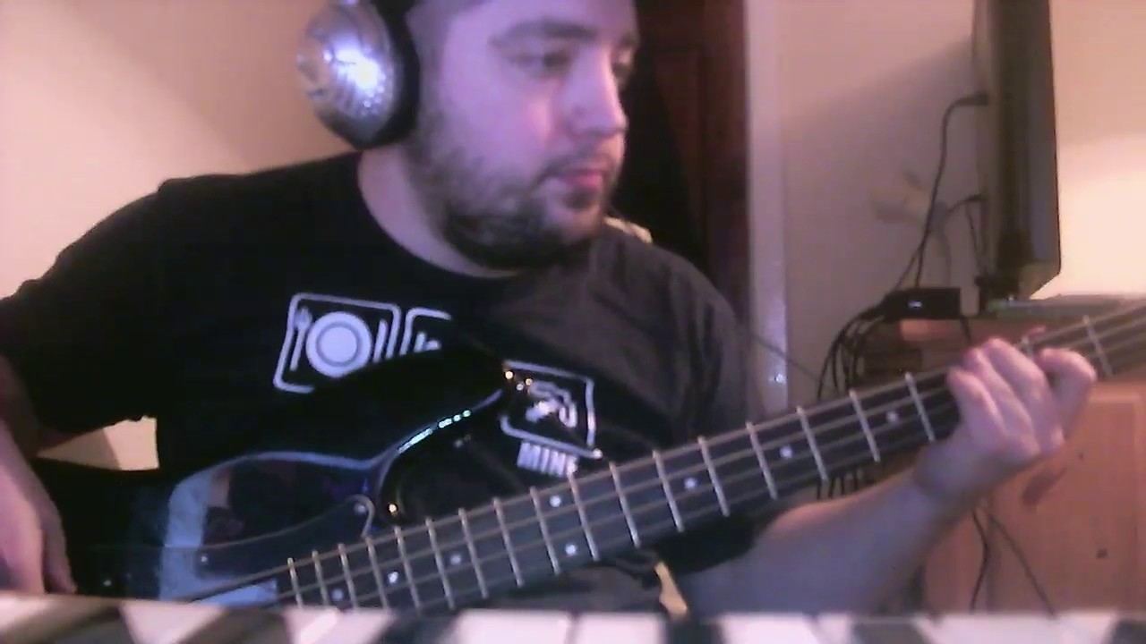 Quotversace On The Floorquot By Bruno Mars Bass Cover Youtube