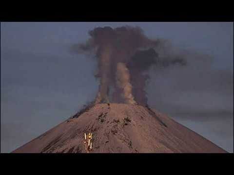 Eruption Warning for Russian City As Volcano Avanchinsky On The Pacific Ring of Fire Wakes Up