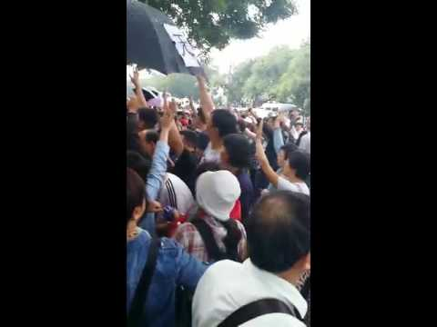Tens of thousands Fanya victims gathered the State Bureau for letters China