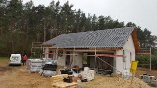 Jak układać dachówkę ? Pokrycie dachu 15.04.2017 Vlog budowlany. Budowa domu dzień po dniu