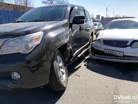 Разложил Toyota Aristo на скорости 90 км/ч