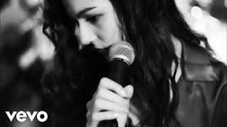 セレイナ・アン - 「Piece of Me」(Studio MUSIC VIDEO)
