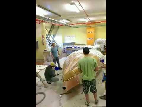 Vacuum bagging hull