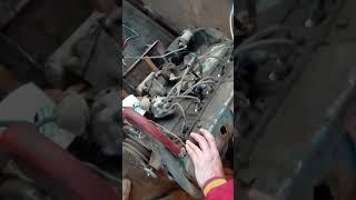 Running 1964 Chevy 292 straight 6