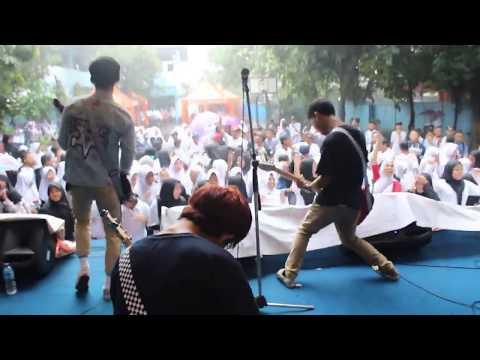 Nobitasan - Terima Kasih (Perform at Pensi Smpn 17 Tangerang)